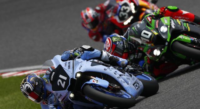 画像: 21番のヤマハ・ファクトリー・レーシング・チーム、10番のKRT、そして33番のレッドブルホンダは、最後の最後までハイレベルな戦いを繰り広げ、鈴鹿8耐の醍醐味を魅せてくれました! race.yamaha-motor.co.jp