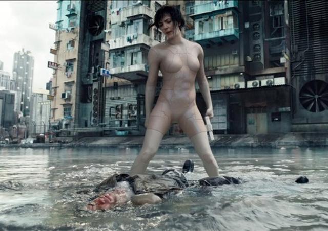 画像1: スカヨハ、『ゴースト・イン・ザ・シェル』美ボディをどう手に入れた?