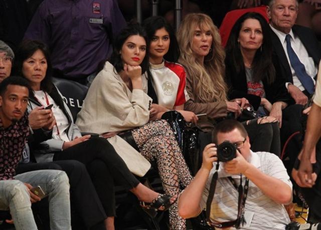 画像1: NBA観戦ファンの女性セレブたち