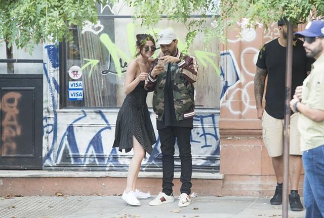 画像3: オフに街中でデート