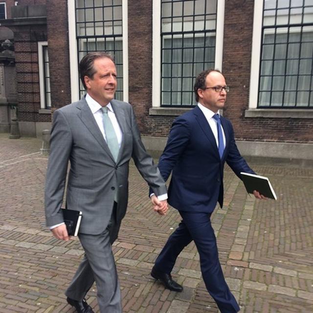 画像: オランダD66党首アレクサンダー・ぺヒトールド氏(左)。©Alexander Pechtold