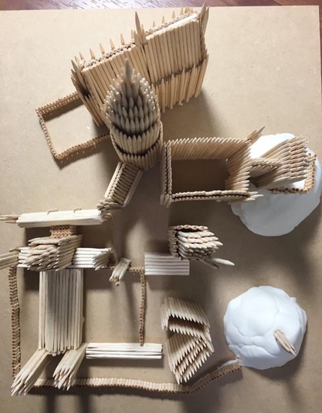 画像2: 1,000本以上のつま楊枝で制作