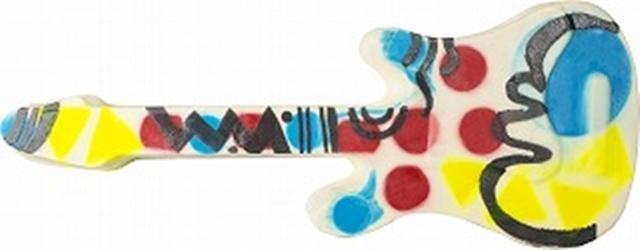 画像: ※画像はホールソープイメージ。4.5Kgのギター形ソープから好きなサイズにカットされて販売される。