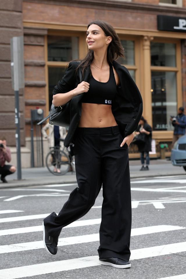 画像2: ニューヨークの街中でキャンペーン撮影