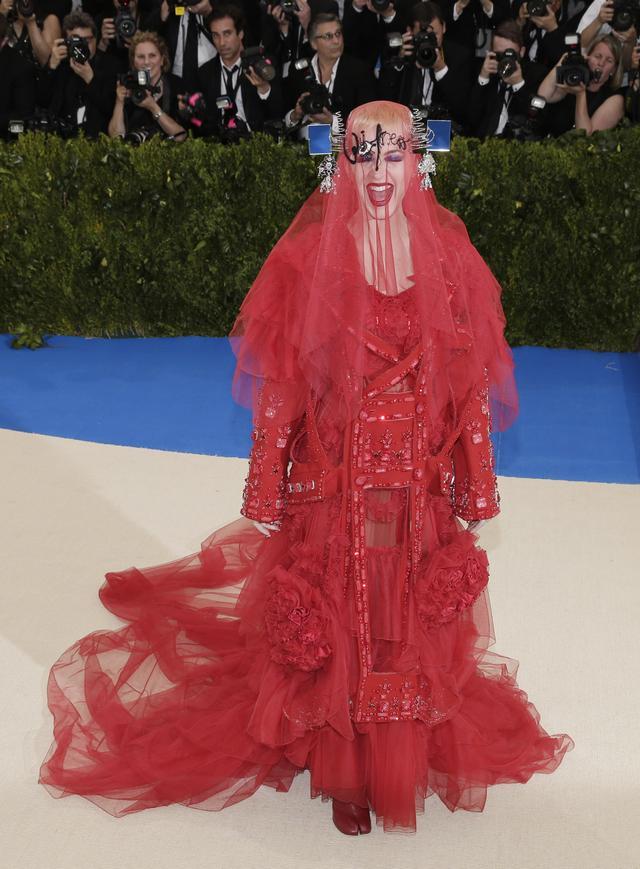 画像2: 世界中が注目するファッションの祭典メット・ガラのドレスレポート