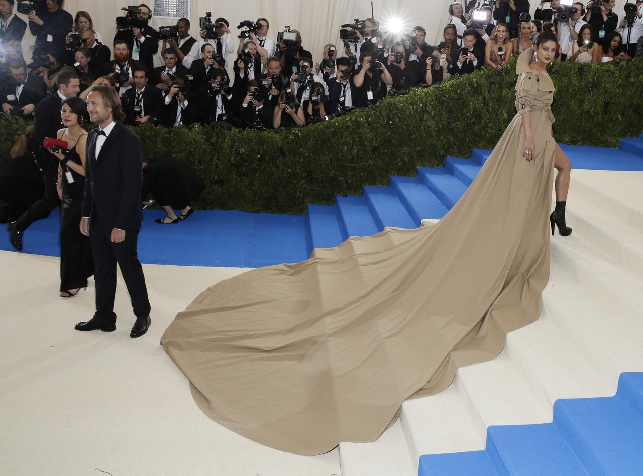 画像3: 世界中が注目するファッションの祭典メット・ガラのドレスレポート