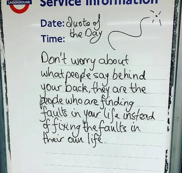 画像1: ロンドン地下鉄の駅の名言集