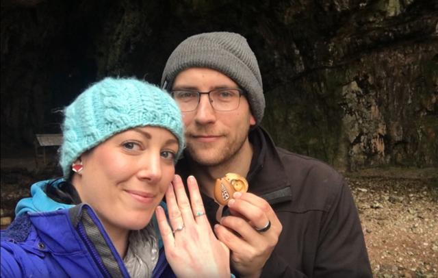画像2: 隠された婚約指輪