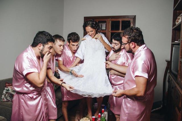 画像3: 「ブライズメイド=女性」という伝統を覆す妙案
