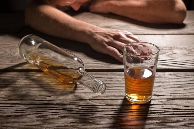 画像2: ブラピが禁酒宣言、飲酒はじつは社会問題