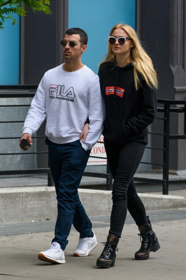 画像1: ジョーとのカップルスタイルが人気