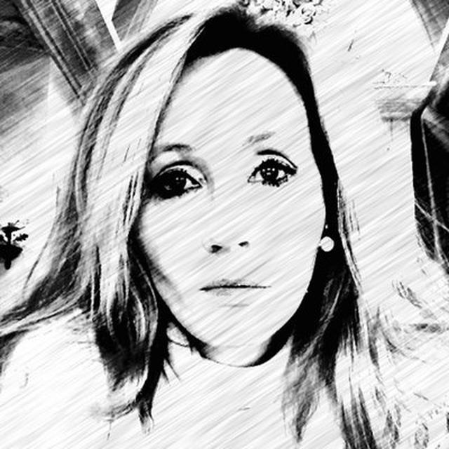 画像: J.K. Rowling on Twitter twitter.com
