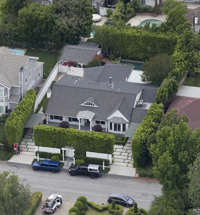 画像1: 新居の購入価格は約2.5億円