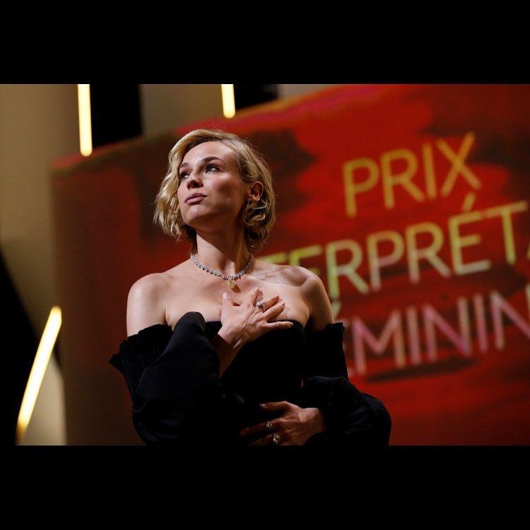 画像2: ダイアンの女優賞受賞をお祝い