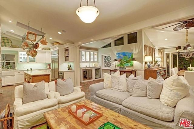 画像2: 新居の購入価格は約2.5億円