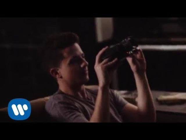 画像: Charlie Puth - Suffer (Vince Staples & AndreaLo Remix) [Official Video] www.youtube.com