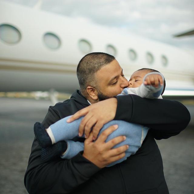 画像2: 父親は息子を溺愛