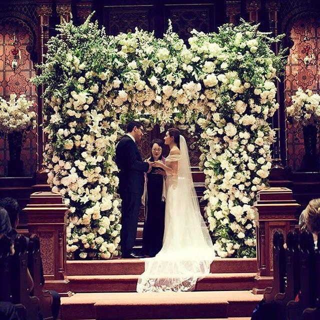 画像1: エミー2度目の結婚