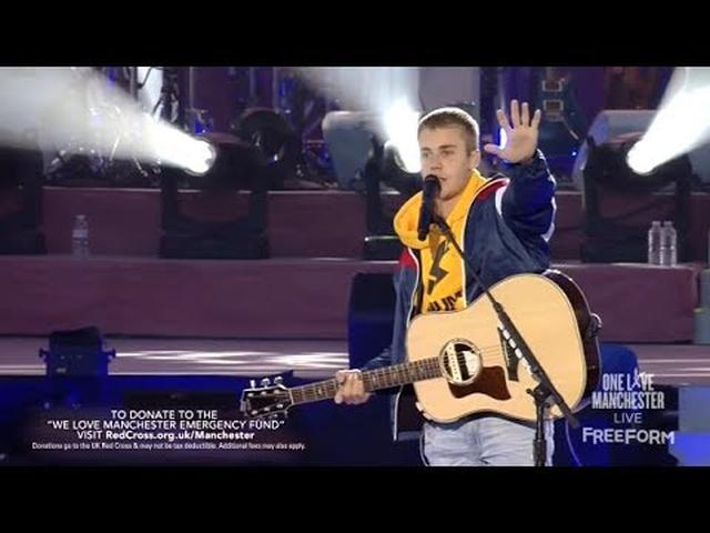 "画像: Justin Bieber Emotional Speech ""God Is In The Midst Of Darkness"" One Love Manchester youtu.be"
