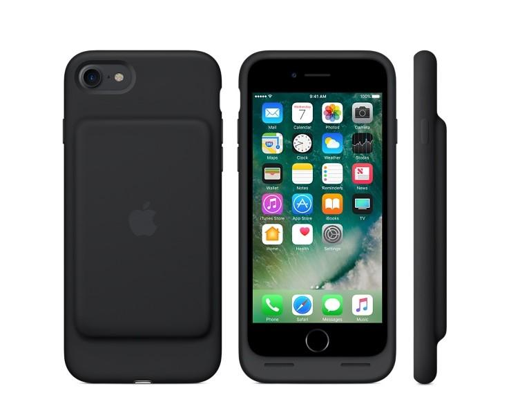 画像: クロエ着用スマホケース:Apple www.apple.com