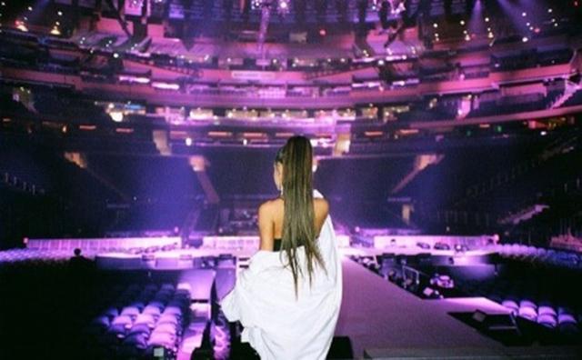 画像: アリアナ・グランデ 、開演前のステージから見える景色。©Ariana Grande