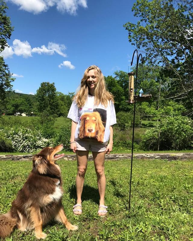 画像2: 愛犬家のアマンダ
