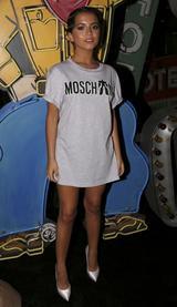 画像1: 15歳女優イザベラ・モナー、ファッション界でも注目