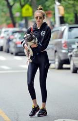 画像1: 彼氏の犬を散歩