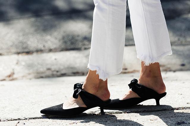 画像3: ジェイミー・チャンが魅せるドラマチックなオールホワイトスタイル