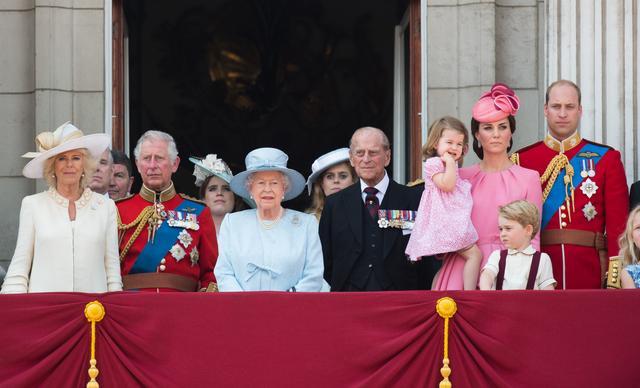 画像1: 91歳を祝福したエリザベス女王