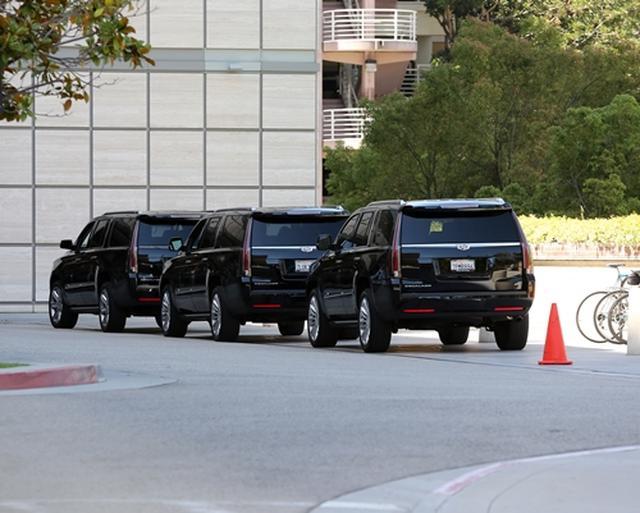 画像1: 1.ロサンゼルス市内の病院に警備員が集結