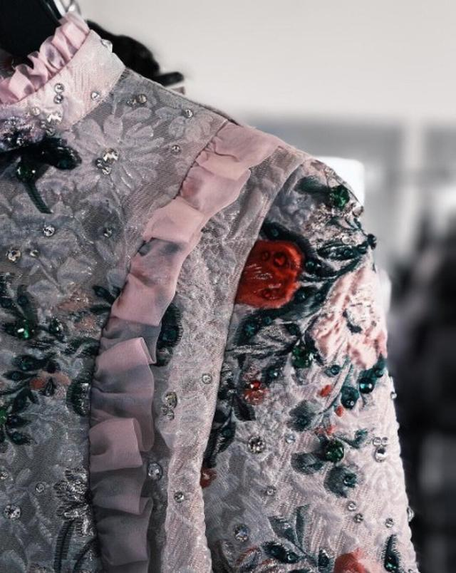 画像2: MMVAsアワードのダヴ・キャメロンの可憐なドレス姿が可愛い!