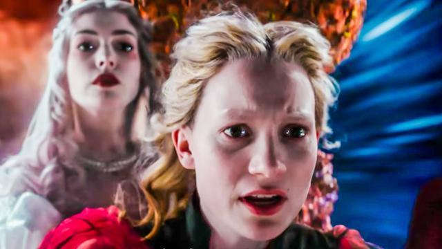 画像: 映画『アリス・イン・ワンダーランド/時間の旅』予告編 www.youtube.com