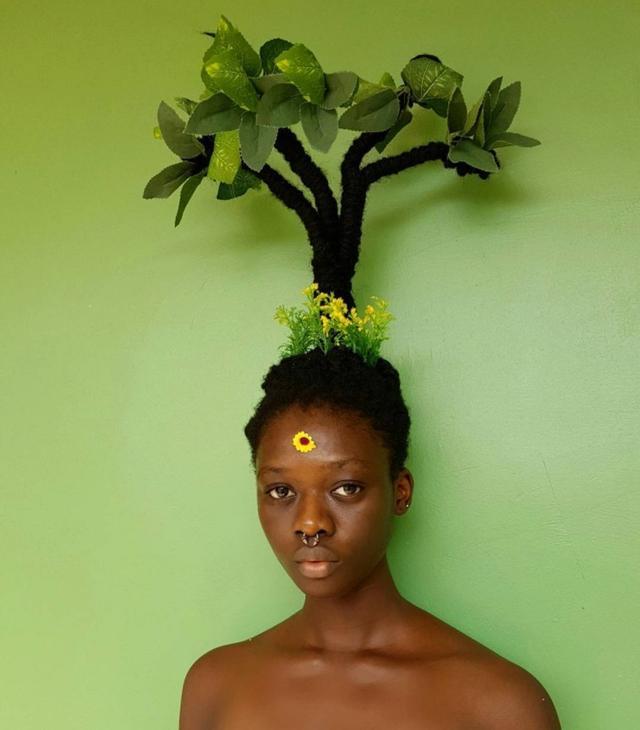画像2: 花や緑をプラスした自然の大切さをアピールするアート