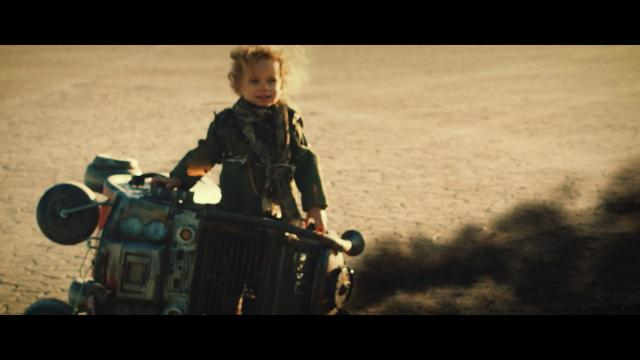 画像: MAD MAX JUNIOR www.youtube.com