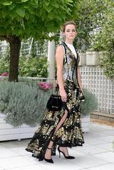 画像2: 『美女と野獣』のエマ・ワトソン、地球に優しい社会派ファッションが美しい!