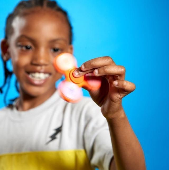 画像2: リップクリーム付きのハンドスピナー