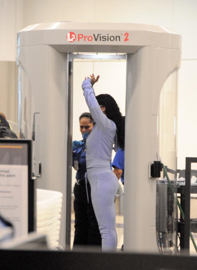 画像4: リアーナのセキュリティチェック