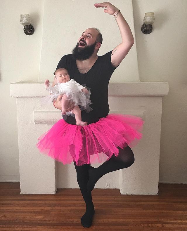 画像4: 父親と娘の本気遊びがインスタグラムで話題に!様々な姿に変身