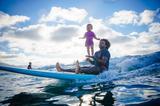 画像3: 生後4ヵ月からサーフィン