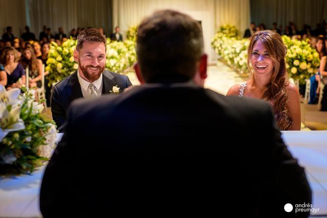 画像: メッシがついに結婚