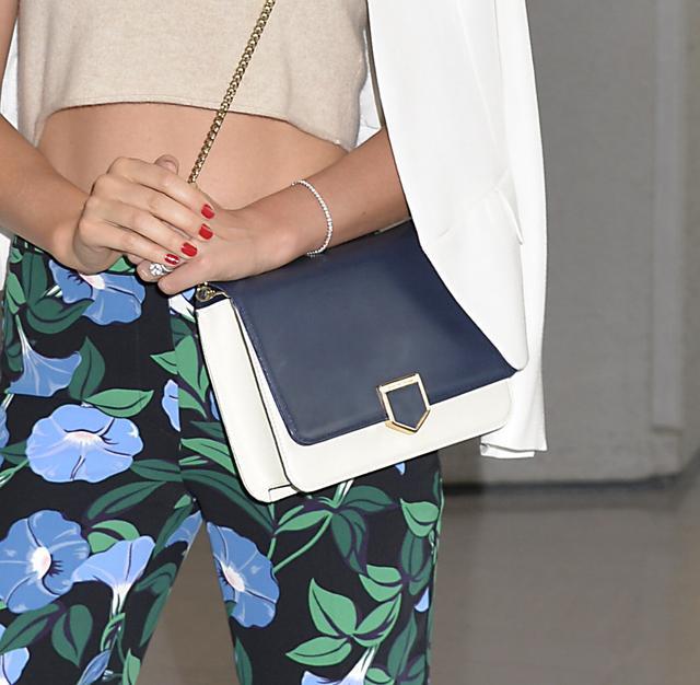 画像3: 【来日中】人気モデル、ミランダ・カーの愛され来日ファッション