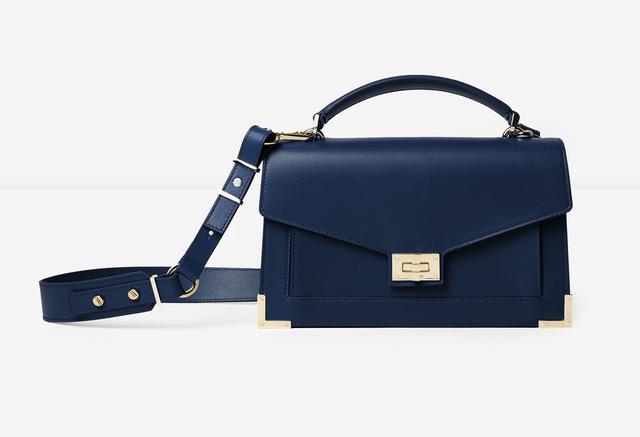 画像3: エミリー・ラタコウスキー、自身がデザインした初のバッグコレクションを発表