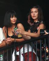 画像1: 姉と友人とともにフェスに参戦
