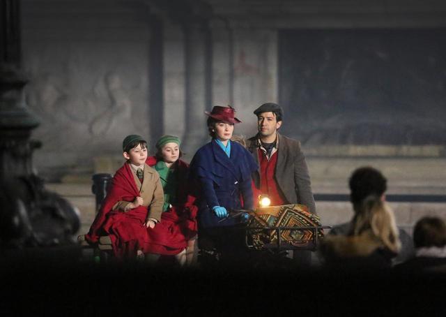 画像4: バッキンガム宮殿で撮影