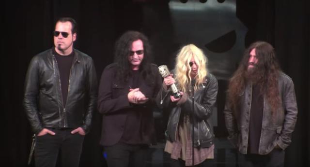画像2: 『ゴシップ・ガール』テイラー・モムセン率いるバンド、アワードで賞を受賞