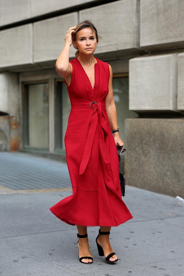 画像2: ミロスラヴァのファッションをチェック