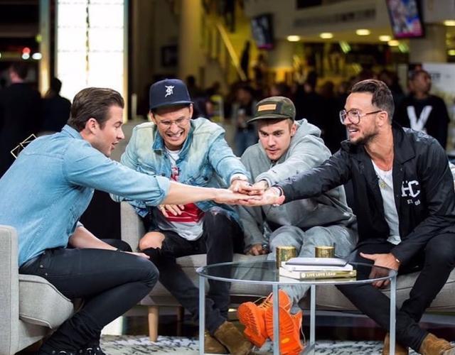 画像: 左からリッチ、チャド、ジャスティン、カール。