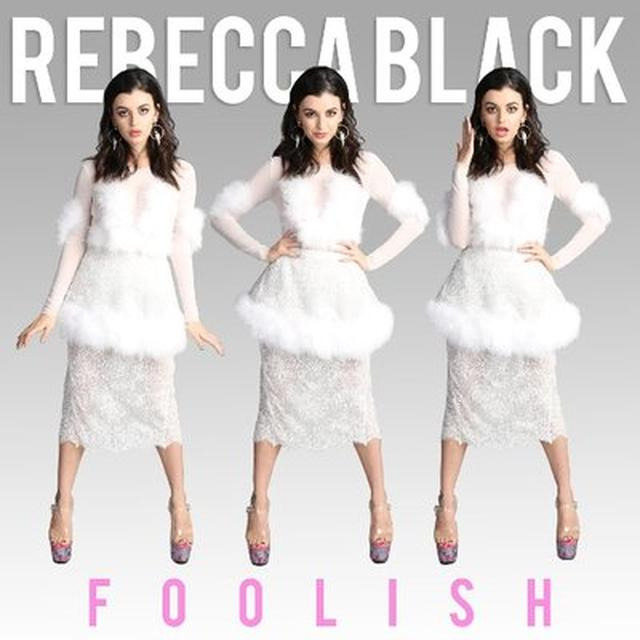 画像: Rebecca Black on Twitter twitter.com