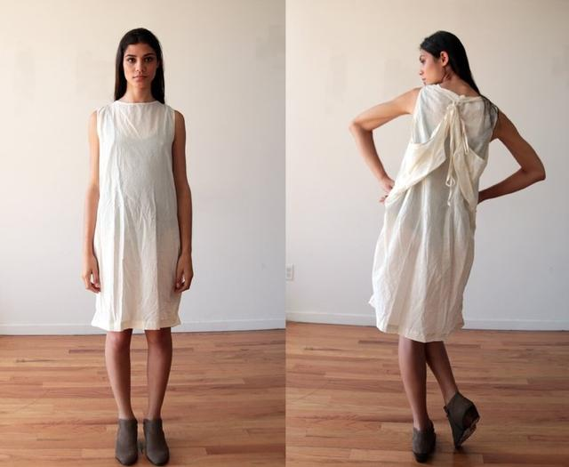 画像: 米ブランドが「難民ドレス」と名付けて発売したところ大炎上